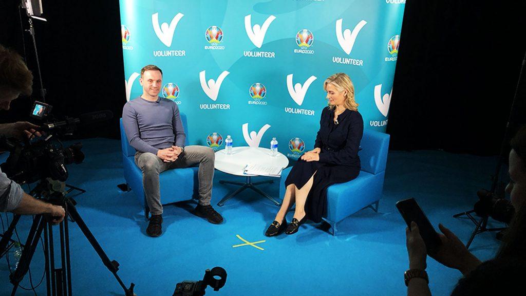 Hayley McQueen interviews Martin Compston